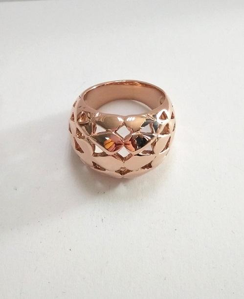 不锈钢戒指电镀玫瑰金 钛钢戒指PVD镀膜加工
